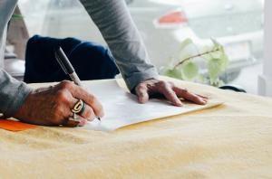 Budowanie domu – sposoby na oszczędzanie